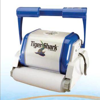 Robot nettoyeur de piscine TigerShark Hayward